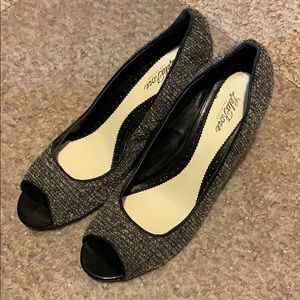Size 11 wedges